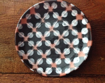 Black and White Dotted Panini Plate