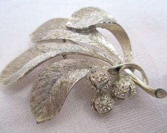 Vintage Usner Leaf Pin- Brooch- 1950s