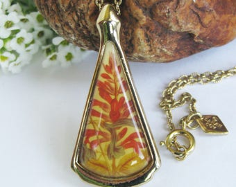 Vintage Flower Pendant, Sarah Coventry, Flowers, Gold Tone Metal