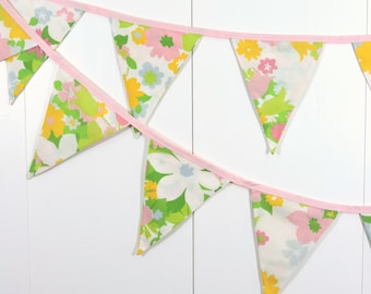 Green Pink Flower Bunting Flags / White Flower Baby Bunting Flags / Colorful Flower Pennant Flags