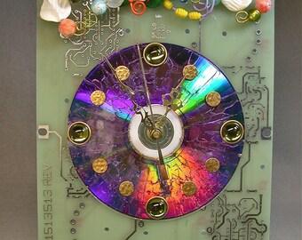 Recycled CIRCUIT BOARD Techie Geek CLOCK Flower Garden Vintage Beads