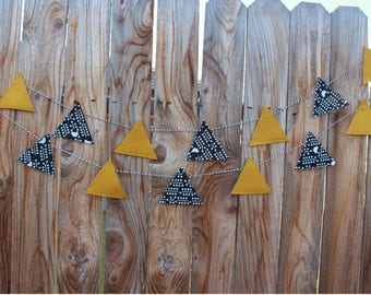 Bird Garland. Children room Decor Banner, Bunting Mustard yellow and black and white bird print. Nursery Baby shower decor