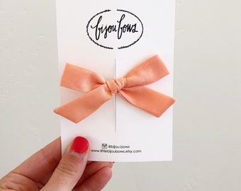 Peach Bow on Clip/HB