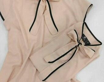 Chemisier avec cravate au cou, corsage pour mariage, chemisier pour porter sous la veste, blouse romantique, nu de couleur blouse, chemisier 2018, mariage