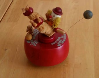Clown on Skates, Roller Skating Circus Performer with Balloon, Broken Schmid Wind Up, Sold As Is