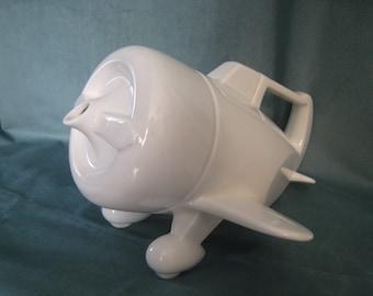 Vintage Vandor White Ceramic Propeller Airplane Teapot 1978 Rare