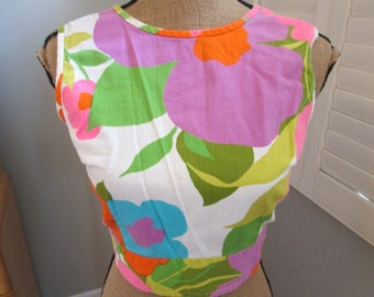 Bright Floral Vintage 1960s Middy Cropped top,1960s Blouse Hippy Boho Beatnik TwistCropped Top 60s top Womens Vintage Sun Top