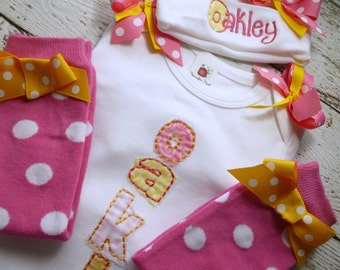 personalized baby girl coming home  outfit, Take   baby layette gown, legwarmer  and Hat Set, Girls Take Home Outfit,