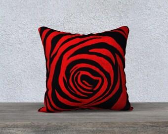 Rote Rosen-Motiv Entwerfer Kissenbezug, rose print Kissenbezug, schwarz und rot Dekor, rot und schwarz Kissen-Abdeckung, von Felicianation