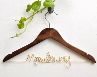Personalized Bride Hanger, Bride hanger, Bridal Shower Gift, Bridesmaid Gifts, Custom Wedding Hanger, Wedding dress hanger, Rustic Wedding