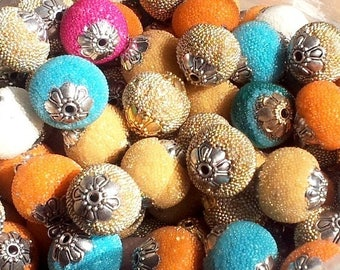 Set of 100 beads, Indonesian, various colours, 14-15mm