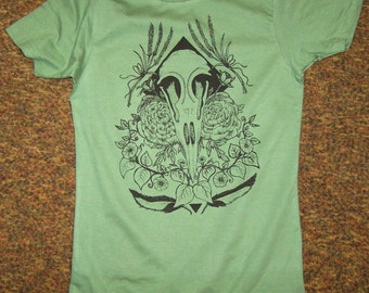 Magpie skull and flowers, hand drawn custom print junior fit tee