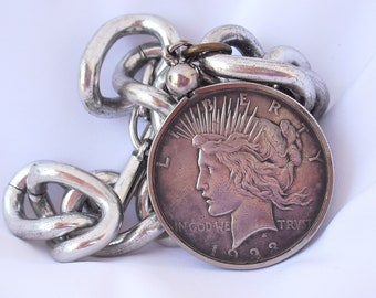 Liberty Coin Bracelet, Vintage Curb Link Bracelet with Silver Dollar Liberty Coin, 1923 Liberty Dollar Vintage Jewelry