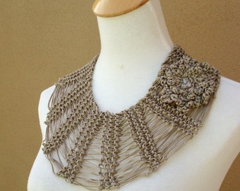 Amy Necklace-Collar