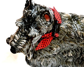 "Pet Neck Cooler Bandana, Dog Cooling Collar, Fabric Heat Relief Stay Cool Neck Wrap Collar. Buckle Sz Small 10 - 14"" neck Red Black iycbrand"