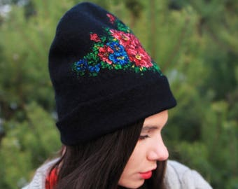Felted hat Katrusia