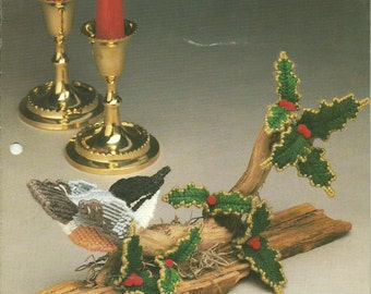 Plastic Canvas Patterns, Sculptured Birds Nuthatch and Holly, 3 Dimensional, by Annie's Attic