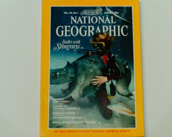 National Geographic Magazine - January 1989 - Ballet with Stingrays - Cocaine - Indonesia - Antarctica - Vintage Magazine - Back Issues