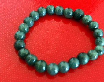 Bracelet de jade, de Birmanie