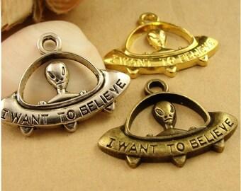 Wholesale charms etsy bulk lot 50pcs of 23x31mm alien charm pendants wholesale charms antique bronze antique silver gold jewelry aloadofball Images