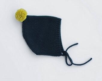 Infant pixie bonnet- knitted baby bonnet - Pixie baby bonnet - Knitted hat children - Pompom infant hat - Kids knit hat