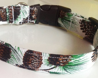 Sparkling White Christmas Tree Dog and Cat Collar with Pine Cones and Greenery