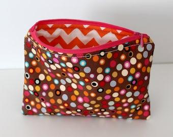 Brown Dots/Orange Zig Zags Zipper Bag