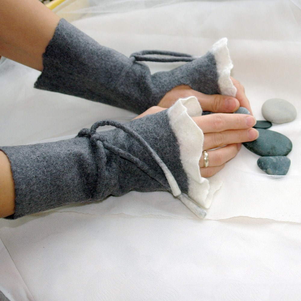 Felt wrist warmers- Romantic lightness, Hand felted wrist warmers, wristlets, fingerless gloves, cuffs, gray and white, made to order