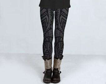 Linie Zeichnung Leggins für Frauen, schwarze und graue Leggings, gemusterte Leggings, Punk-Rock Yoga Leggins von Felicianation Tinte