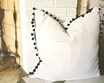 Pom pom pillow cover
