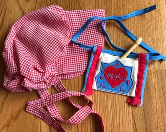 American Girl Bonnet, Spoon and Spoon Bag from Kirsten's Meet Accessories ... Excellent Vintage Condition ...Retired