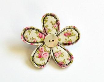 Flower brooch, flower badge, flower pin, fabric flower brooch, flower pinback brooch, sewn flower pin, flower pinback, sewn flower brooch