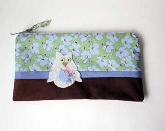 "Zipper Pouch, 5x9.25"" in Plum, Purple, Green, Cream and Yellow Floral Fabric with Handmade Felt Owl Embellishment, Owl Pencil Case"