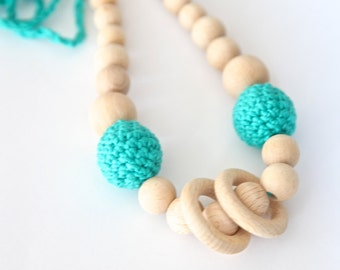Jungle green nursing rings necklace. Girls crochet necklace. Mammy and baby teething necklace.