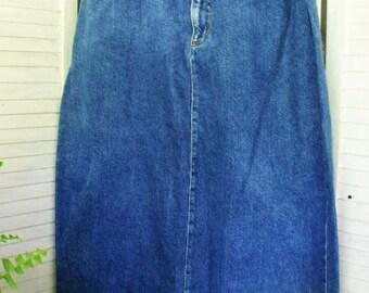 Vintage Denim Skirt with Fringe Hem/ Size 16 1990's Denim High Waist Skirt/ Jeans Style Retro Denim/ Shabbyfab Thrifted Funwear