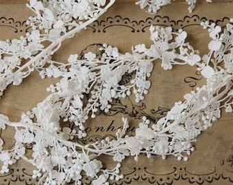 ivory cascading lace trim, bridal lace trim, antique lace trim, floral branch lace, jewelry lace