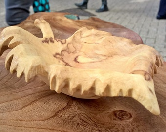 Hand carved leaf bowl