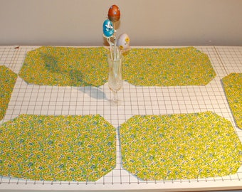 Reversible Spring/Easter Placemats (Set of 6)