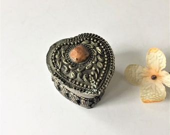 Vintage Berber Silver Box with Agate Stone Accent, Ring Presentation Box, Heart Shaped Pill or Trinket Box, Boho Gypsy Tribal Decor