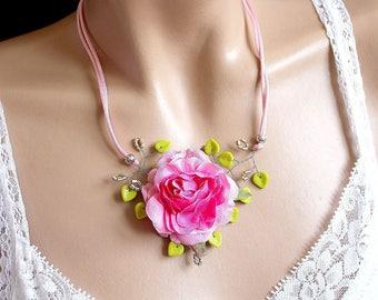 Necklace floral flower rose and leaf green.