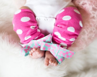 Baby Leg warmers,  hot pink toddler girls Leg Warmers,  Leg Warmers with bow, Infant Leg Warmers, Newborn Photo Prop,  Baby Girl Gift