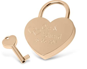 Engraved heart lock LOVE