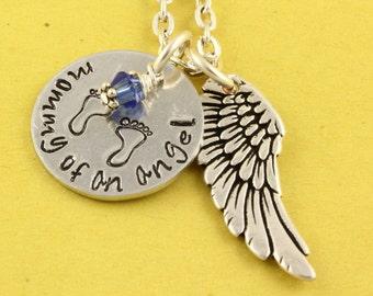 Maman d'un collier ange - bébé pieds Collier - Collier de naissance cadeau - collier bébé ange - fausse couche - Memorial argent Collier