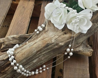 Silver tone faux pearl necklace/wedding necklace/vintage necklace/faux pearl necklace/silver tone necklace/vintage jewelry