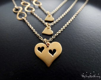 Mother daughter jewelry Mother daughter Necklace Set of 3 Infinity necklace Heart Necklace Mother Gift for Mom Gold Necklace Gold