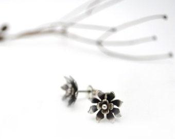 Wildflower Stud Earrings. sterling silver