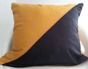 Cushion cover 35 x 35 cm mustard and black