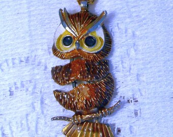 OWL PENDANT NECKLACE - Vintage pendant with newer chain - Golds and Browns