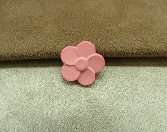 Button pattern small flower - pale pink