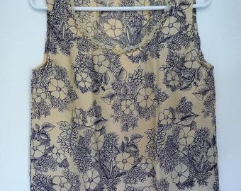 Floral blouse and lace